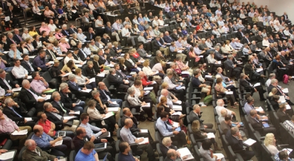 Read Synod votes for historic merger