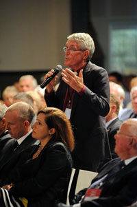 The Bishop of South Sydney, Robert Forsyth, among the questioners at the Forum (photos: Ramon Willams, Worldwide Photos)